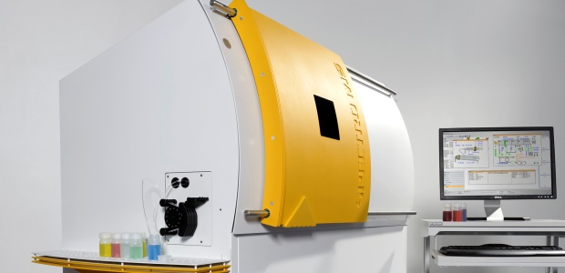 The SPECTRO MS ICP-MS analyzer. After calibration — with liquid standards for ICP, or available reference filters with XRF — analysis can begin according to the given instrument